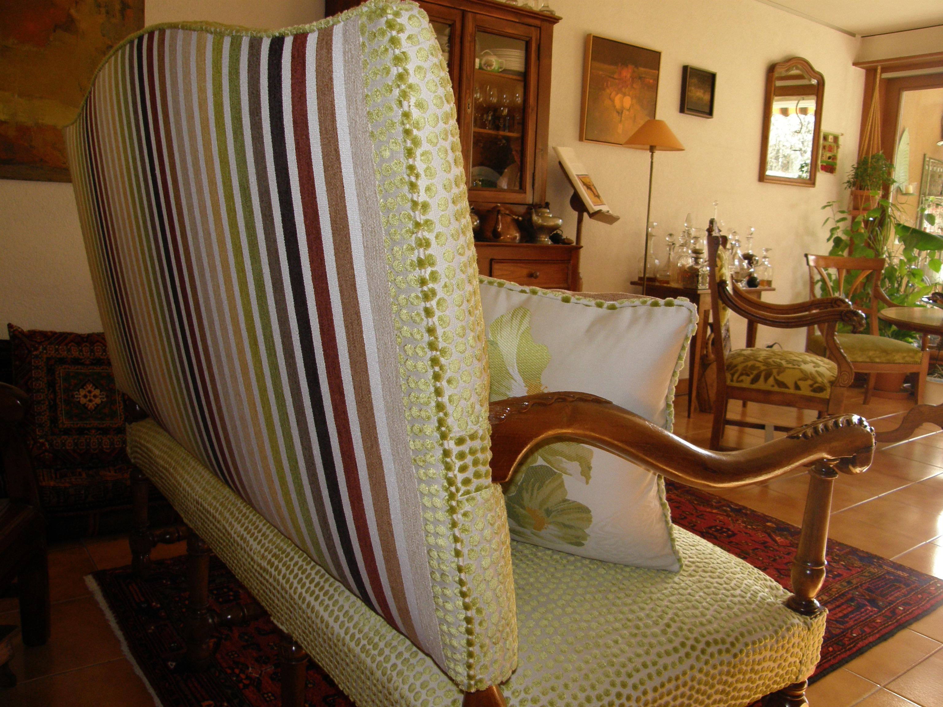 Nulle part ailleurs atelier rembourrage meuble canap for Meubles vaud